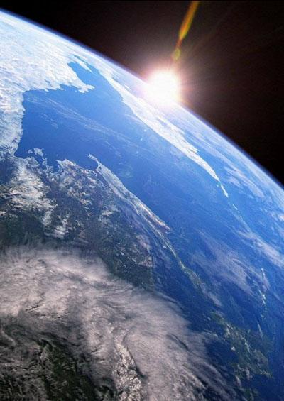 Khám Phá Trái Đất