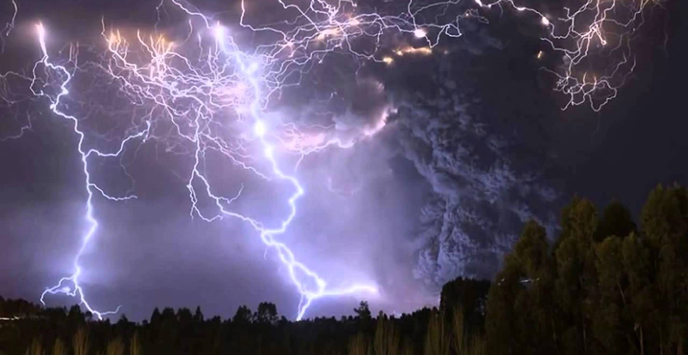 Những hiện tượng tự nhiên kì lạ trên trái đất (phần 3)