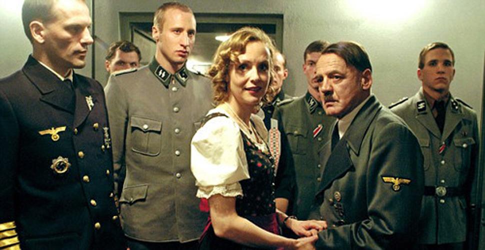 Khi Hitler đi thi và muốn đỗ bằng được NEU