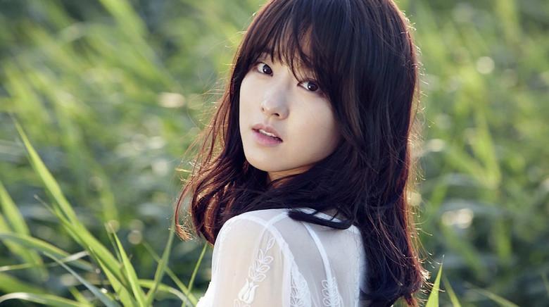 Park Bo Young từng là nạn nhân bị bắt nạt ở trường học